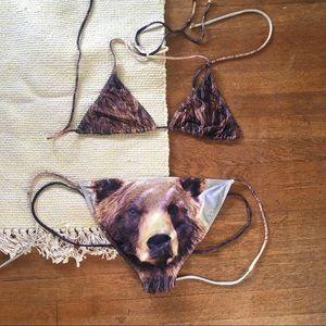 Other - Grizzly bear bikini 🐻😂